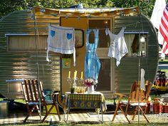 clotheslines, vintage trailers, airstream, camping, aprons