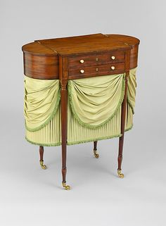1805-1815 American (New York) Astragal-end work table at the Metropolitan Museum of Art, New York