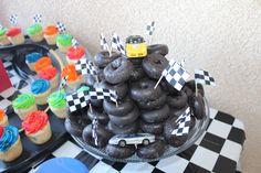 donut tire cake!
