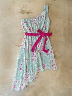 Ethereal Amaryllis Dress $42, beautiful beach dress