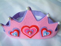 felt toy-,crown by fairyfox, via Flickr