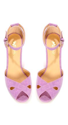 Lilac heels - so cute for spring