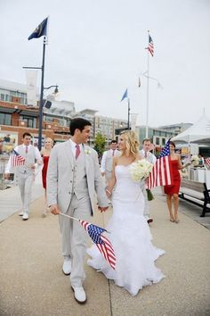 4th of July Wedding--Patrick would TOTALLY go for this...