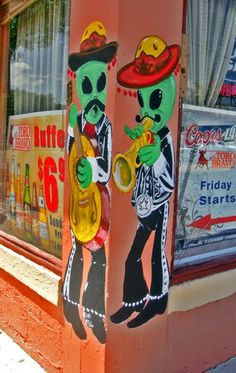 Aliens in Roswell - They really are everywhere.