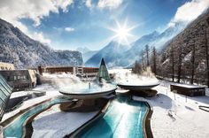 The Aqua Dome- A Pure Relaxation in the Heart of the Ötztal Alps | http://www.designrulz.com/design/2014/08/the-aqua-dome-a-pure-relaxation-in-the-heart-of-the-otztal-alps/