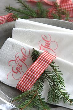 DIY:: Stamped Napkins  #Tablescape