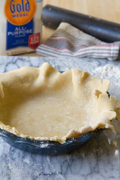 How to Make Pie Crust | aspicyperspective.com #pie #Thanksgiving