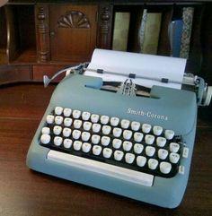 Vintage typewriter (Photo by Cheryl-Anne Millsap)