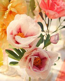 paper poppi, tissue paper flowers, flower tutorial, flower girls, handmade flowers, crepe paper, paper peoni, diy paper tissue flowers, crafts