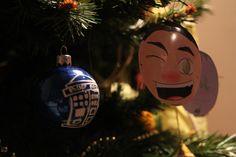 Doctor Who Christmas ornaments : the TARDIS !