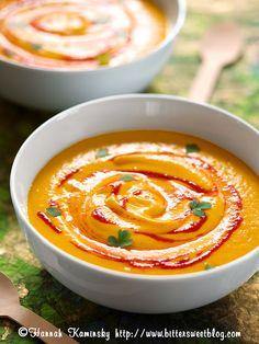 Spicy Carrot Soup with coconut milk // scharfe Möhren/Karotten/Mohrrüben Suppe mit Kokosnussmilch