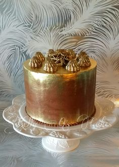 ... chocolate frangelico truffles, and a chocolate ruffle.....chocolate