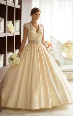 I don't usually love BIG dresses but this one is beautiful | via RedBird Paperie