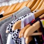 shop, capsule wardrobe, woman clothing, online boutiques, closet space, organized closets, spring cleaning, mom fashion, clothing swap