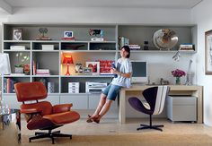 Great modern office design...if you only need one desk.