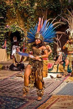 Dancer aztec indian, indian photo