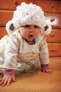 0 to 3m Lamb Hat Newborn Baby Lamb Beanie Baby Shower by BabaMoon, $24.00
