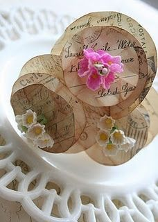 old paper, circles, paper roses, craft, silk flowers, paper flowers, centerpieces, little flowers, antiques