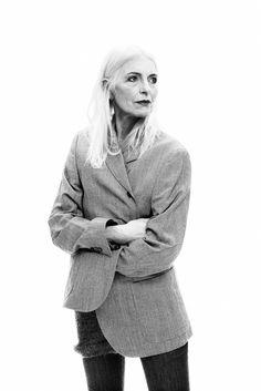 Anna von Ruden Senior Model over 60 in jeans