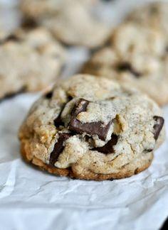 Brown Butter Oatmeal Chunk Cookies I howsweeteats.com