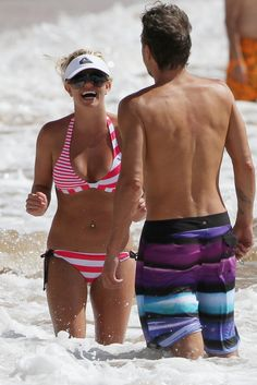 Britney and Jason in Maui. <3