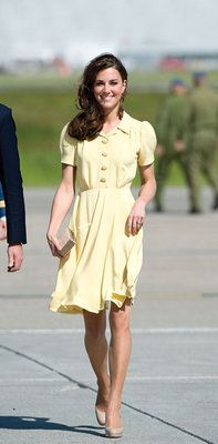 The stunning Kate Middleton in a lemon-hued frock :)