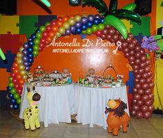 Candy bar, table dessert jungle party, fiesta en la selva http://antonelladipietro.com.ar/blog/2013/07/selva-cumple/