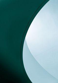 Frank O. Gehry - Walt Disney concert hall #11 by Ximo Michavila, via Flickr