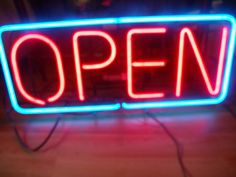 "Vintage Neon Open sign 35""x12"" 