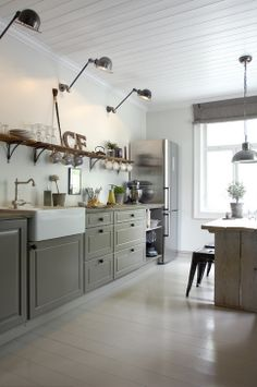What's Hot in the Kitchen: Trends to Watch for in 2014 lights, cabinet colors, light fixtures, industrial kitchens, shelves, country kitchens, farmhouse kitchens, kitchen designs, open shelving