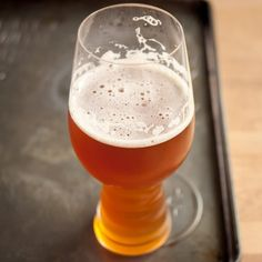 The First Glass Just for IPAs: The Spiegelau IPA Glass