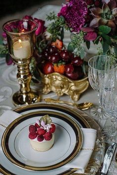 Holiday tablescapes/karen cox..