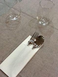 Detalle del servicio de mesa.