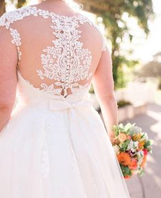 The lace detailing o