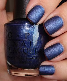 Pretty for winter - OPI Nail Polish in Russian Navy Suede