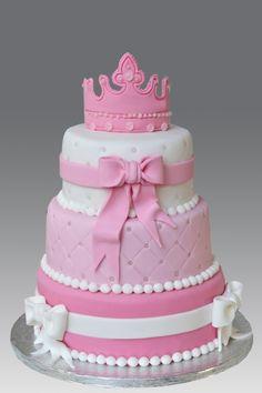 pink tiara princess cake