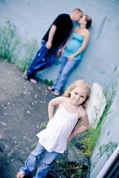 designer purses, maternity pics, famili, matern pic, friend memori, matern shoot, family pictures older child, 4 kids, ddesign purs