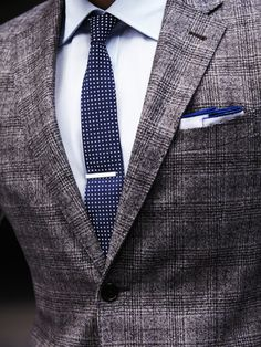 Great tie and suit