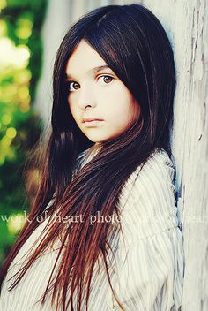 @Danielle Lampert Guzman for when you're photographing a tween... this captures that child wanting to be teenager look so well doesn't it?