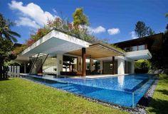 swimming swimming in the swimming pool