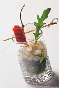 Tartar de vieiras con tomate seco y pesto de rúcula