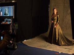Prepare Catherine's throne. #Reign returns for Season 2 Thursday, Oct 2 at 9/8c.
