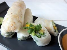 Mango, avocado & cucumber spring rolls. Naturally gluten-free & vegan!