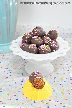 Skinny Caramel Truffles @Back For Seconds http://backforsecondsblog.com #skinny #caramel #truffles #nobake #easy #sprinkles