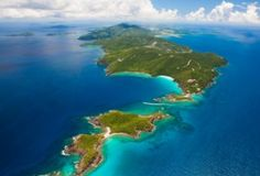 Most Popular Cruise Port, St. Thomas, USVI  // One of my favorite stops in the Eastern Caribbean!