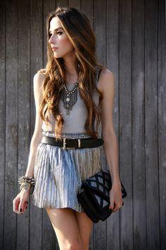 silver skull Slash Store necklace          / silver Slash Store skirt