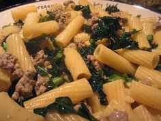 Easy Kale & Sausage Pasta for #WeekdaySupper