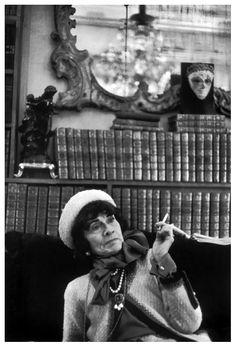Henri Cartier-Bresson 1964 (Coco Chanel) |