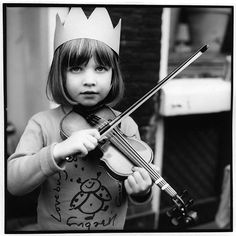 girl + bob + crown + violin =adorable