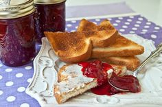 Strawberry Jam from @Lana Stuart | Never Enough Thyme http://www.lanascooking.com/2010/05/24/strawberry-jam/